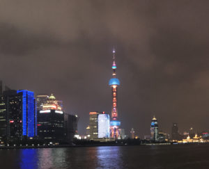 Volvo-changhai-by-night-squared